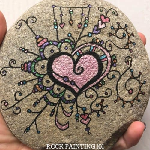 Zendangle painted heart. A fun technique for rock painting!