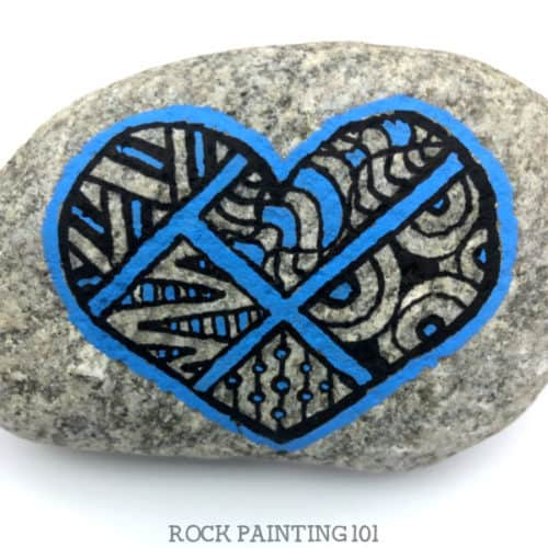 A monochromatic heart rock that is fun to paint. #rockpainting101