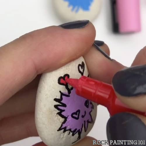 Learnhow to draw a love bug with this simple and fun video tutorial. Lovebug crafts are perfect for celebrating Valentine's Day with your loved ones. #rockpainting101