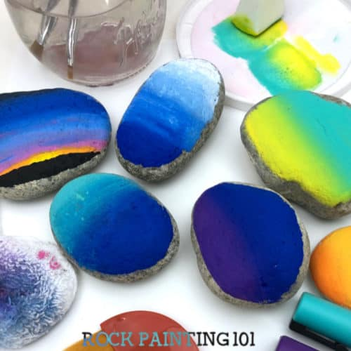 Become a master of blending paints on rocks. Tutorials for blending with acrylic paints, using paint pens to blend, even spray paint! Create fun backgrounds on your rocks with these easy tutorials. #rockpainting101