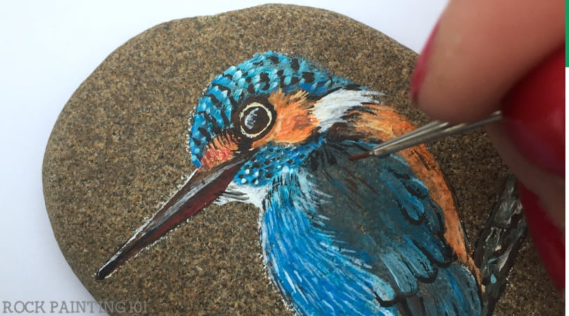 How to paint feathers to make a realistic bird