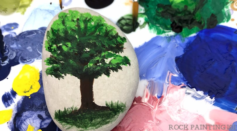 How to paint an oak tree onto a rock
