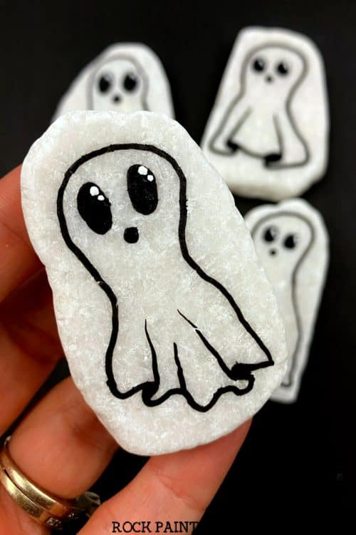 How to draw a simple ghost